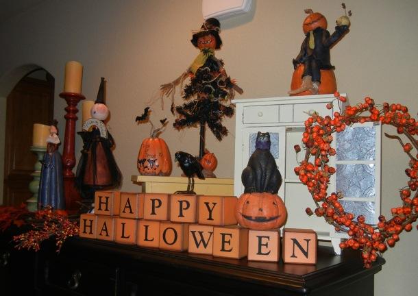 Halloween decor hutch-w