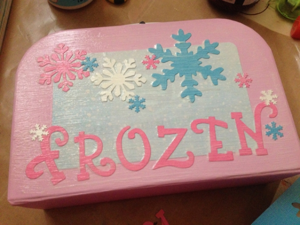frozencase3-w