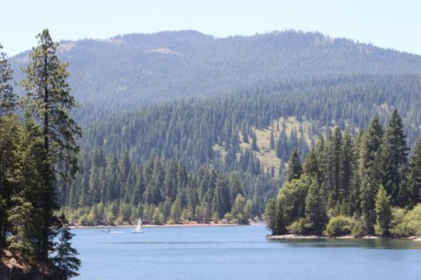 lake-w