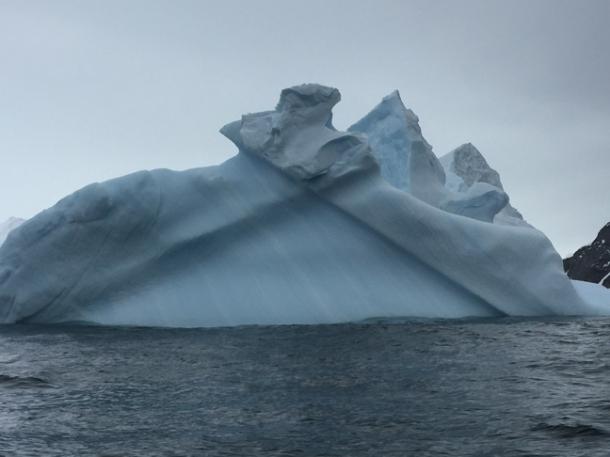 icebergs14-w