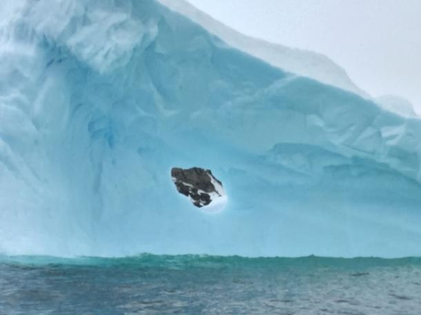 icebergs2-w