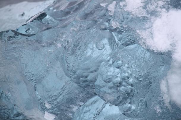 icebergs9-w