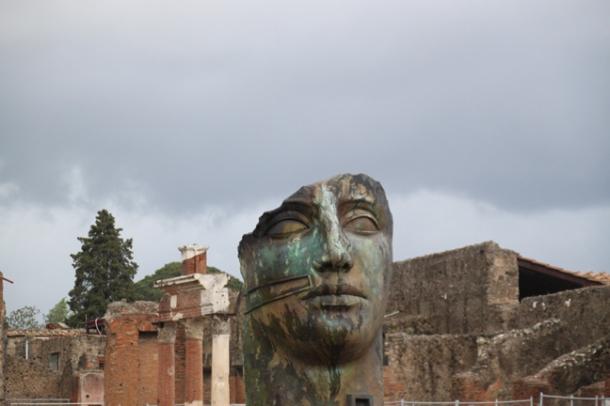 pompeii11w