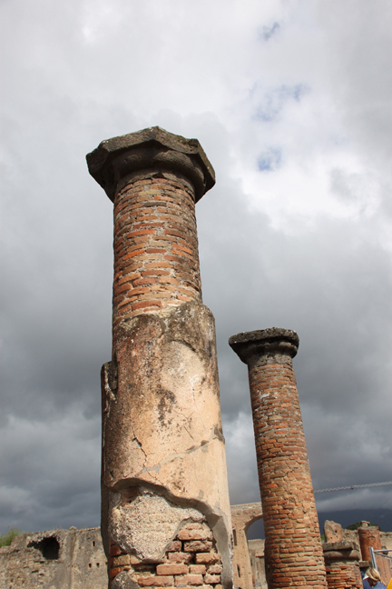 pompeii17w