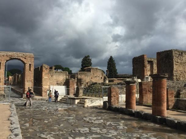 pompeii6w