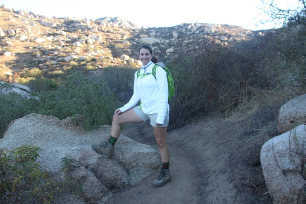 hiking12-w